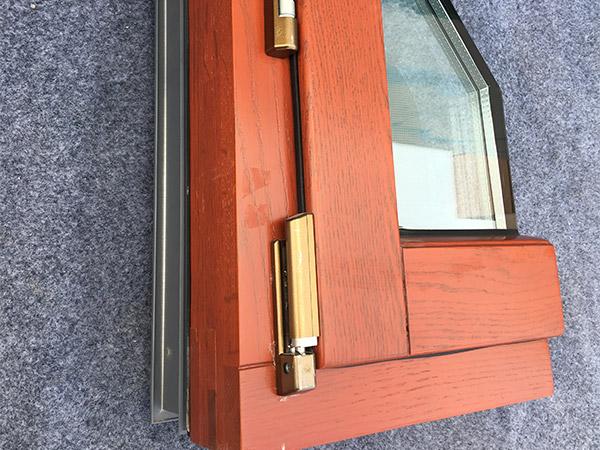 防盗保温铝包木钢砂一体窗135