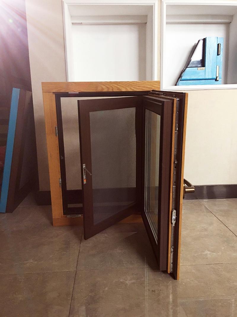 韶河82铝包木窗