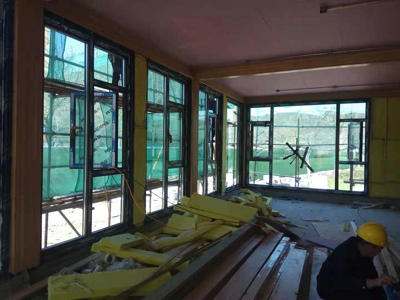 韶河铝包木门窗